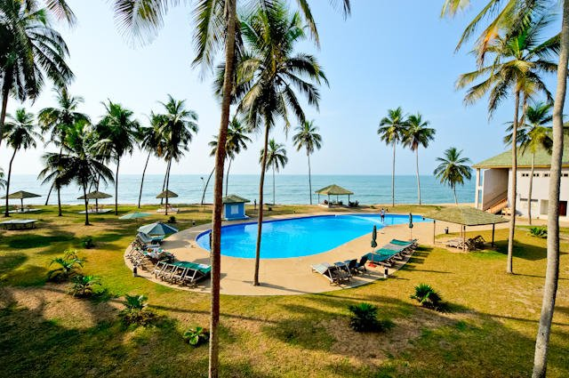 Outdoor pool area of Elmina Bay Resort