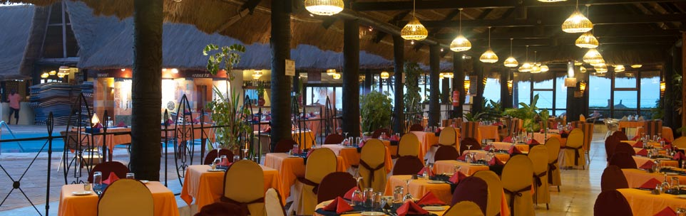 Dining room of Kombo Beach Hotel